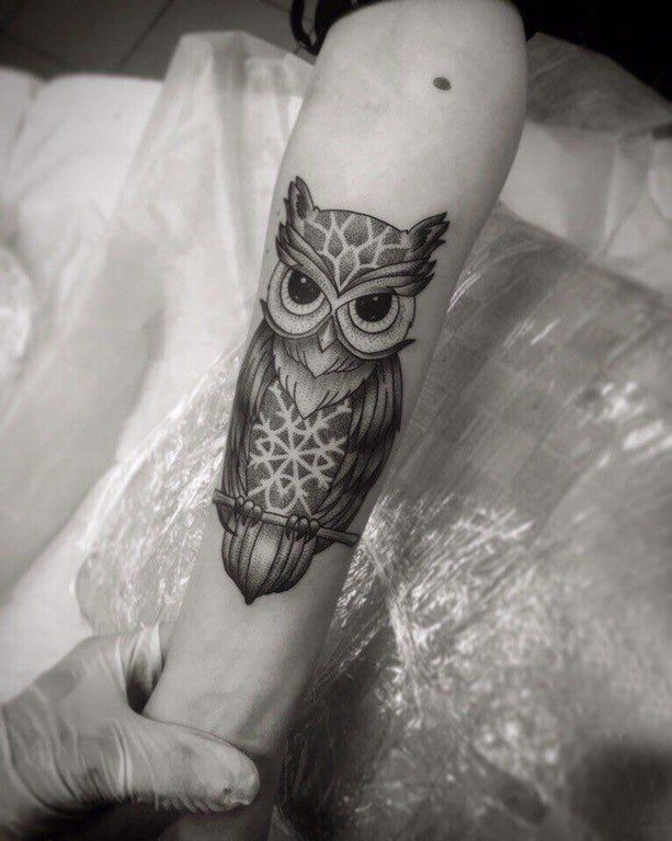 Arm tattoo picture male arm on black owl tattoo picture