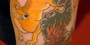 Nine-tailed fox tattoo picture girls in the thighs of the nine tail fox and cloud tattoo picture