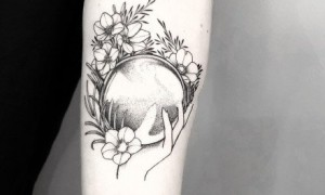 18 black and white small tattoo patterns suitable for arms