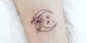 9 small fresh moon tattoo images suitable for girls